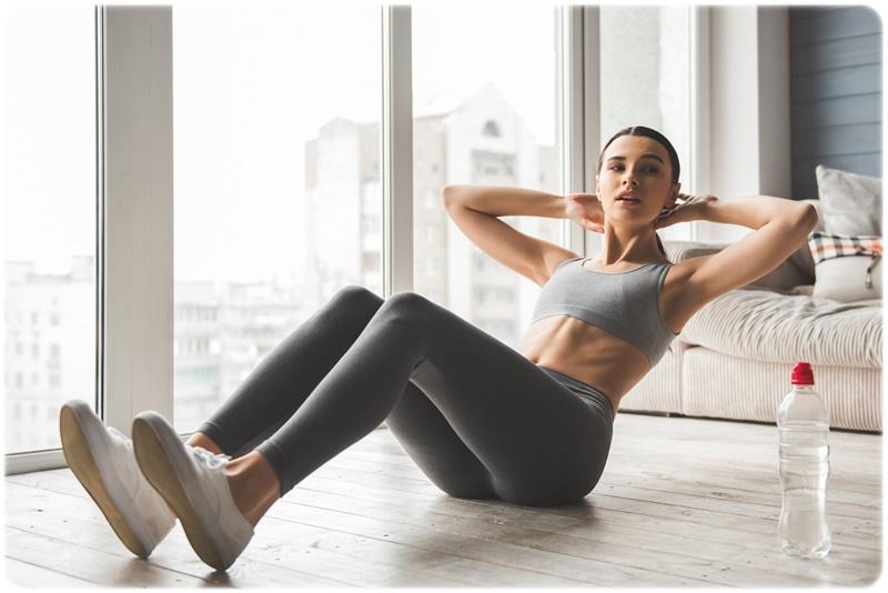女性が腹筋できない理由と反り腰にならない効果的な方法