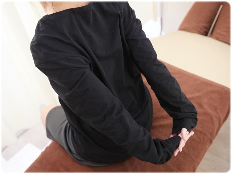 大胸筋・背中・肩の三点を使ったストレッチ