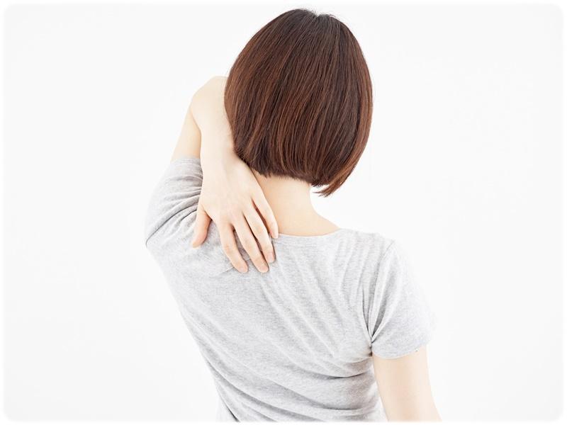 肩こり 肩痛い 女性